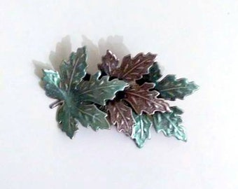 Vintage Fall Maple Leaf Brooch Pin Scarf Pin Purse Pin 1980s Unsigned