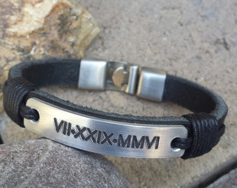 FREE SHIPPING-Men's Bracelet, Roman Numerals Bracelet, Engraved Bracelet, Men Personalized Bracelet, Anniversary Gift, Men Leather  Bracelet