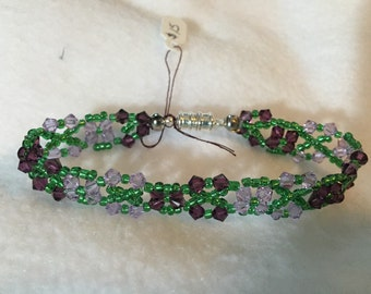 Light and Dark Purple Flower Bracelet