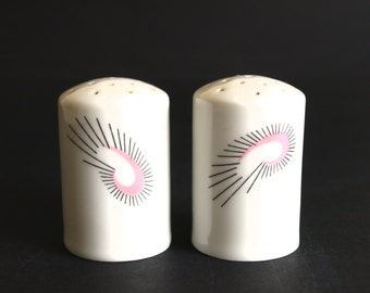 Arzberg Focus Pink Black Salt & Pepper Shakers - Rare Vintage Stylised De Stilj Style Feather Mod Design S and P Shakers  - Made in Germany