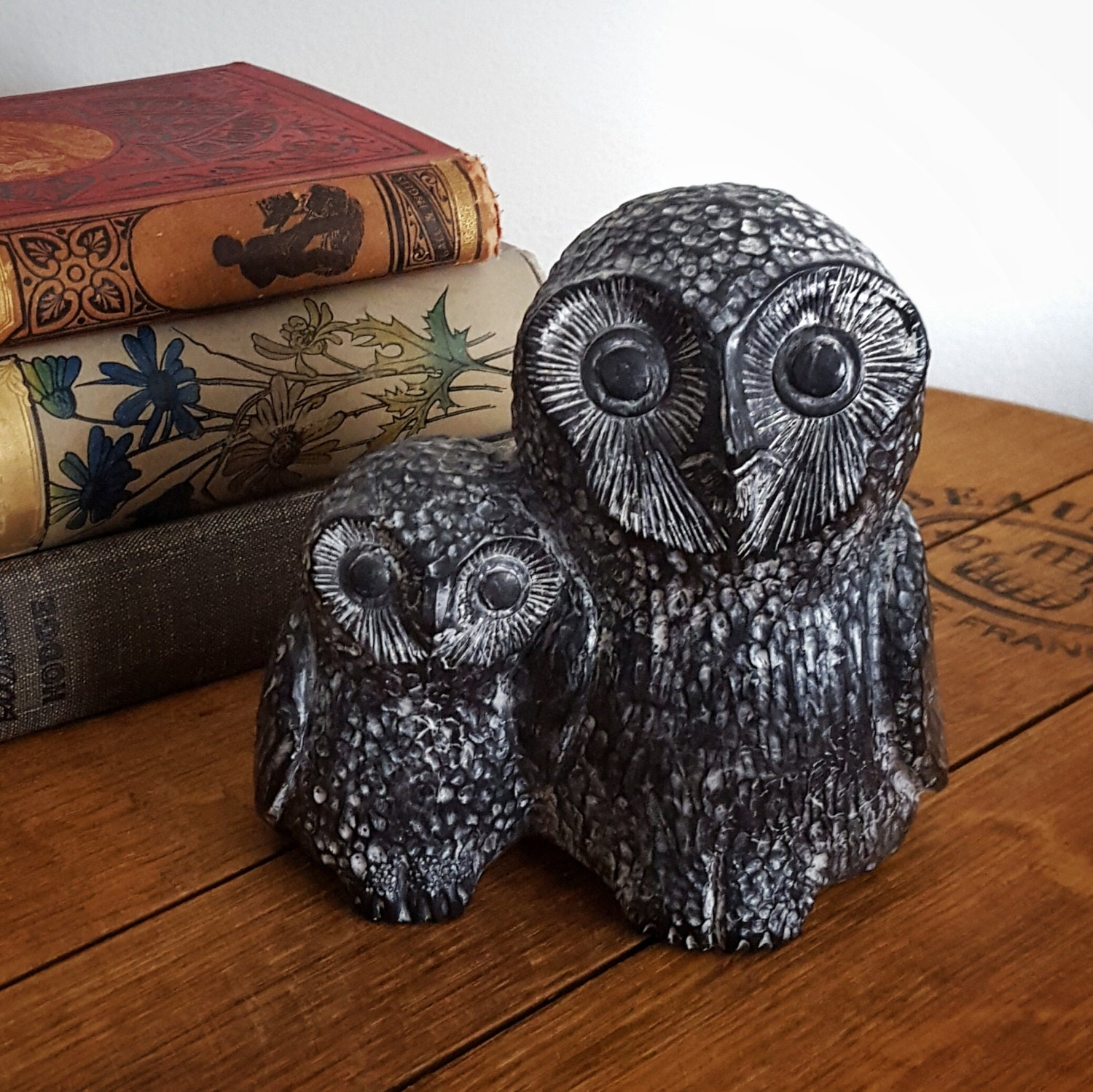 Carved soapstone owl mother with baby inuit grey