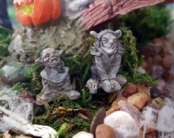 Miniature Teeny Trolls - Set of 2
