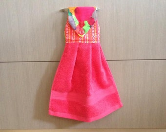 Hanging hand towel- bright pink