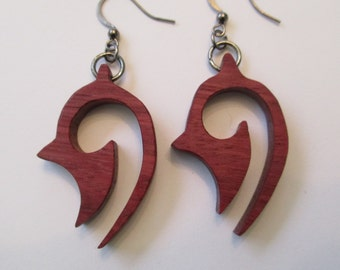 Pair of earrings in amaranth wood