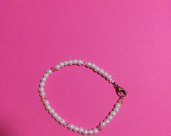 pearl bracelet with Swaroski crystals