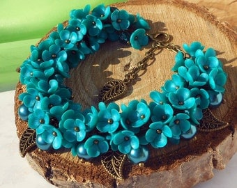 Turquoise Floral Cluster Bracelet handmade polymer clay Weddings Bracelet turquoise flowers Bride Jewelry Wedding Jewelry Bridesmaid Gift