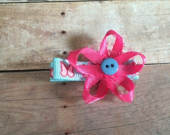 Butterfly lined alligatir clip bow