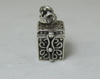 Amazing Vintage Sterling Silver Box Locket with Religious Symbols 1 CC of Storage