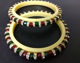 Set Of Two Traditional  Indian Bangles / Indian Beaded Bracelet / Red, Green Bangles / Gift for Her / Ethnic Indian Wedding Bangles...
