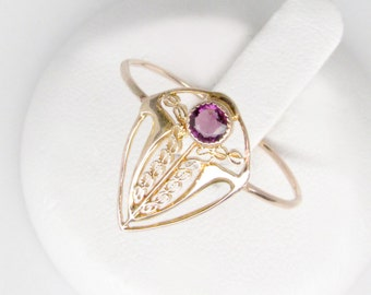 art deco 10k amethyst ring, vintage gold filigree ring, art deco amethyst ring, 10k gold filigree ring, size 8.5 ring, amethyst shield ring