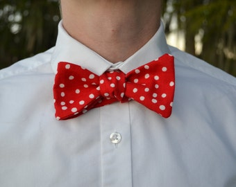 Red Spotted Bow Tie