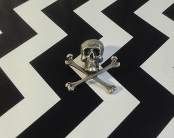 Island Hopper~Vintage Skull and Crossbones Tac~Pirate~Shirt~Tie~Coat~Pin~Flare