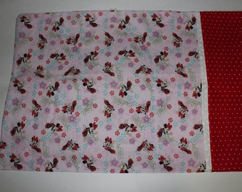 Minnie Mouse Pillowcase *** FREE SHIPPING ***