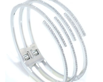 925 Sterling Silver Hinged Bangle Bracelet – 3.24 CT.TW (S204)