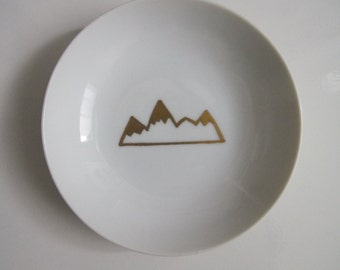 Mountain View Ring DIsh