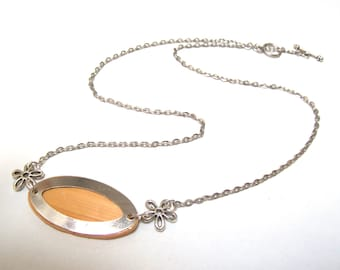 Straw marquetry and silver necklace