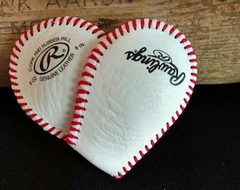 Baseball or Softball Heart Ornament/Magnet/Pin