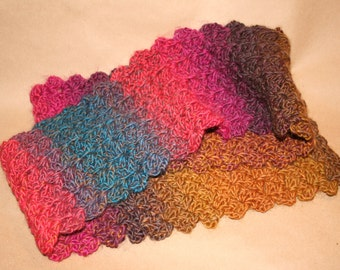 Lacy Waves Scarf