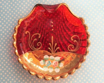Red and gold Murano glass dish, scallop shell design from the 1960s
