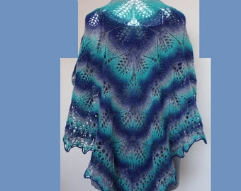 Shawl lace triangular wool hand knitted