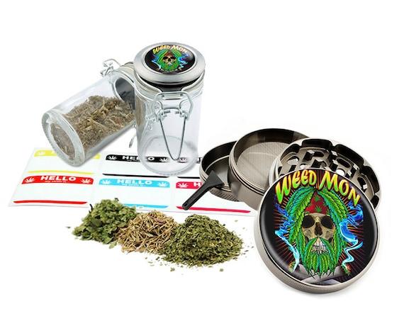 """Leaf Mon - 2.5"""" Zinc Alloy Grinder & 75ml Locking Top Glass Jar Combo Gift Set Item # 110514-0019"""