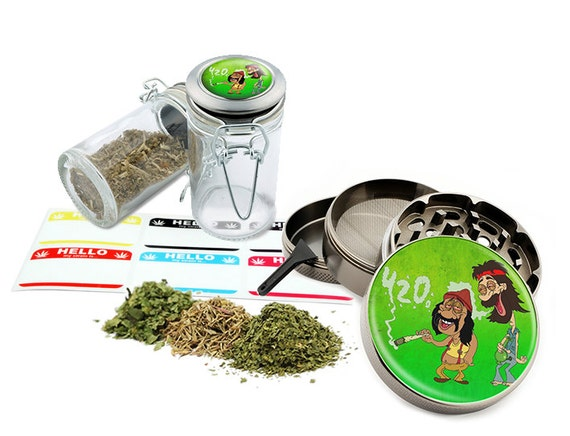 "Smoking Leaf - 2.5"" Zinc Alloy Grinder & 75ml Locking Top Glass Jar Combo Gift Set Item # G022115-069"