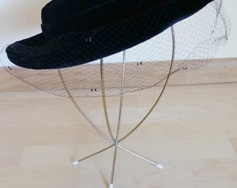 1950's Velvet Veiled Hat