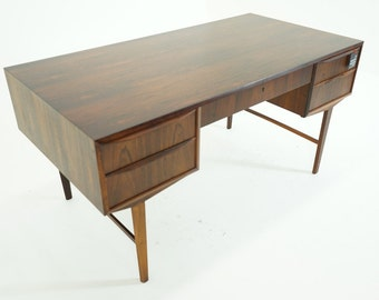 305-075 SALE! Danish Mid Century Modern Rosewood Writing Work Office Desk