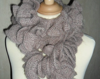 "Scarf ""Froufrou"""