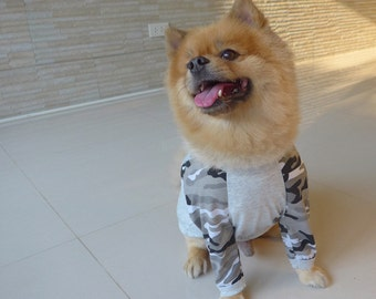 Dog clothes in camouflage reglan t-shirt style