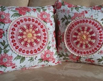 Ñanduti lace decorative cushions