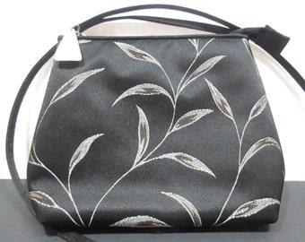 MONDANI NY BLACK Silk-Look Purse, Mondani New York Purse, Mondani New York Black Purse, Mondani Black Bag, Mondani Black Dress Bag,