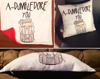 I A-DUMBLEDORE You Super Soft Minky Pillowcase *Perfect for the HARRY POTTER fan* Gryffindor Red/Classilc Black Chenille  back