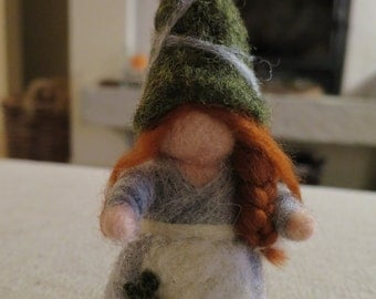 GNOME in carded wool-Needle Felted Gnome