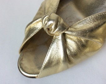 Vintage Bruno Magli Gold Slingback Shoes Sz 7