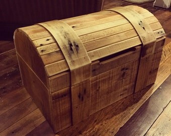 Pallet Wishing Well Treasure Chest - Shipping NOT Included