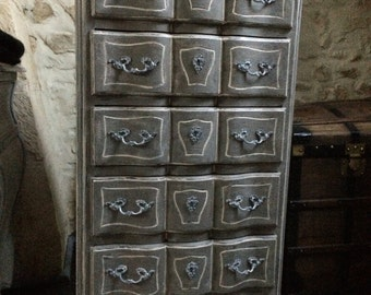 Dresser louis xv antique style crossbow