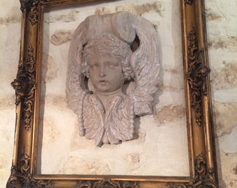 Moulding bust of Angel skated with its golden stucco 19th frame