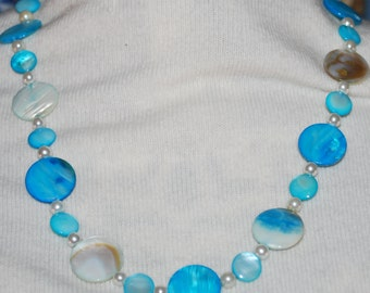 Beaded Necklace Turquoise Shell and Pearl