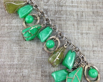 Shapely Vintage Estate Two Cover Wire Green Beaded Dangle Silver Tone Bracelet