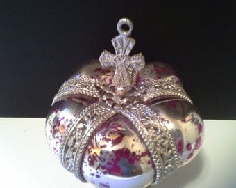 Silver tone red glass crown