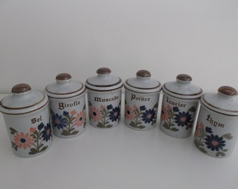 Spice - set of 6 jars jars in excellent condition