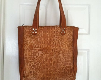 Veg tan Alligator print front and back leather hand bag
