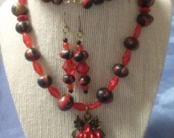 Hootie Owl!      (Necklace & Earring Set)