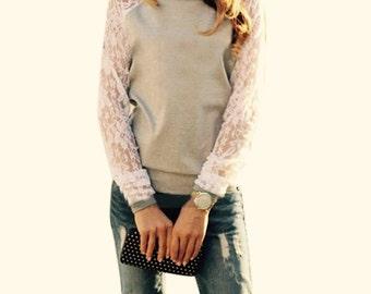 "VELLIES Lace Sleeves ""LOVE IT"" Long Sleeve"