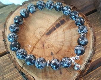 Snow flakes obsidian bracelet. Stainless steel beads and pendant.Stretch bracelet.  Healing bracelet. Black and white. mala bracelet. yoga.