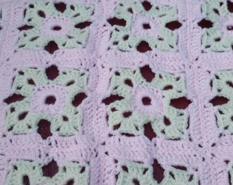 Crochet Baby blanket. Pink and Yellow