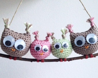 Family owls, wall decoration