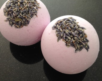 Lavender Dreams Lavender Bath Bomb/All Natural/Vegan/essential oil/dried lavender