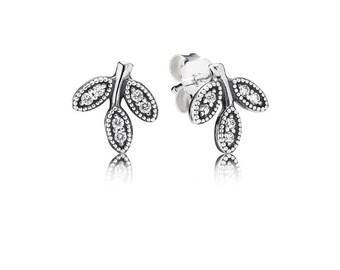 Sparkling Leaves Stud Earrings Item No. 290564C